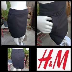 H&M Black pencil Skirt - Size 6 - Brand New